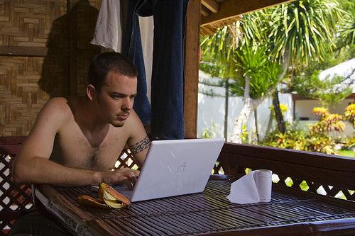 Nomadi Digitali: vivere senza confini lavorare da casa