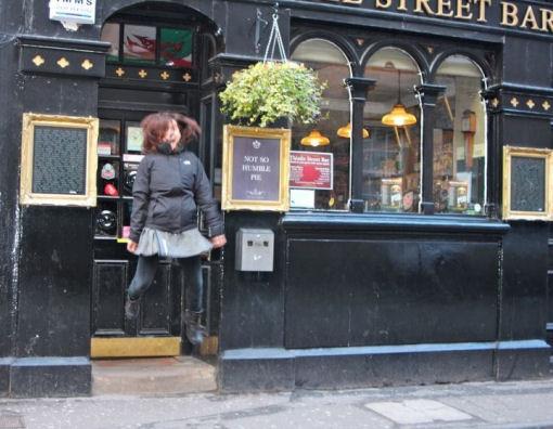 Lonely Planet e Radio Capital