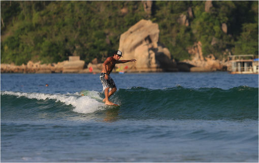 Fare surf in Cina