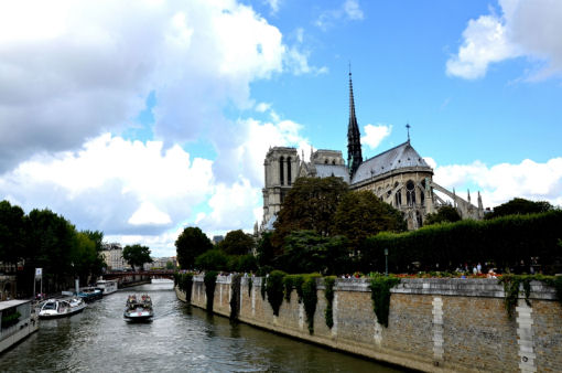 vivere all'estero parigi