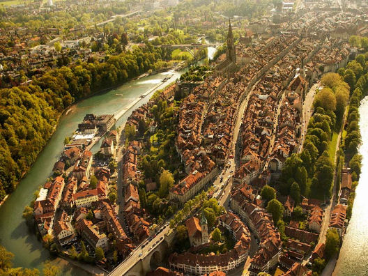 BERNA, vivere e lavorare in Svizzera