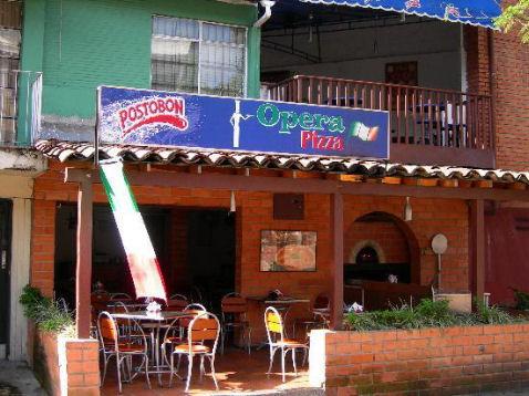 Pizzaioli italiani nel Mondo, Medellin pizzerie