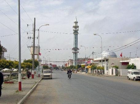 Vivere a Kelibia Tunisia scultore