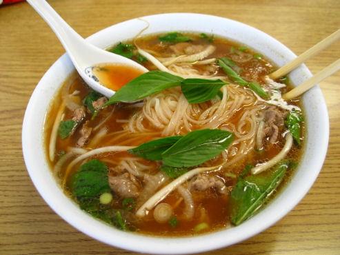 Pho specialità tipica vietnamita hanoi