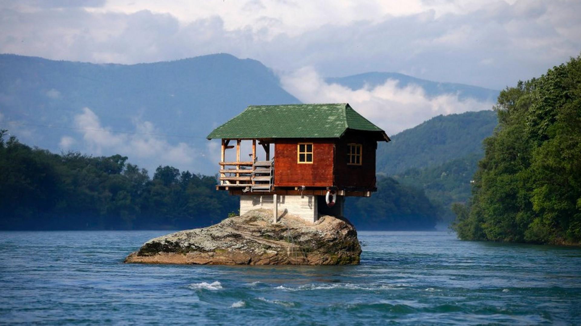 la casa sul fiume drina -serbia