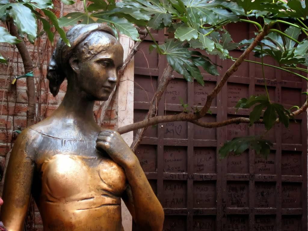 statua giulietta verona