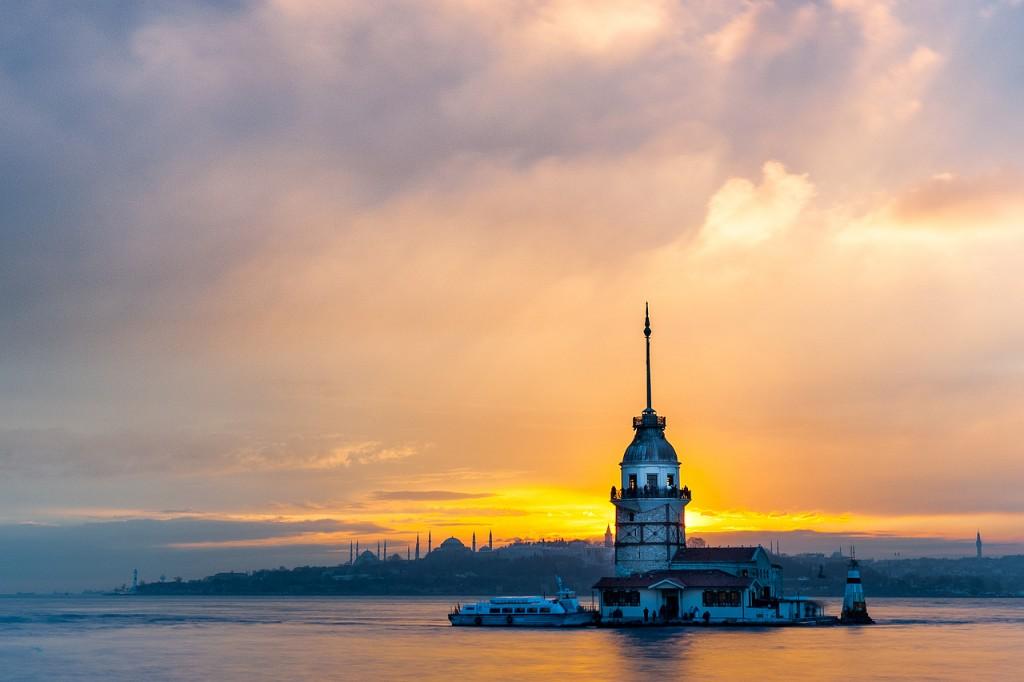 torre di leandro ristorante turchia