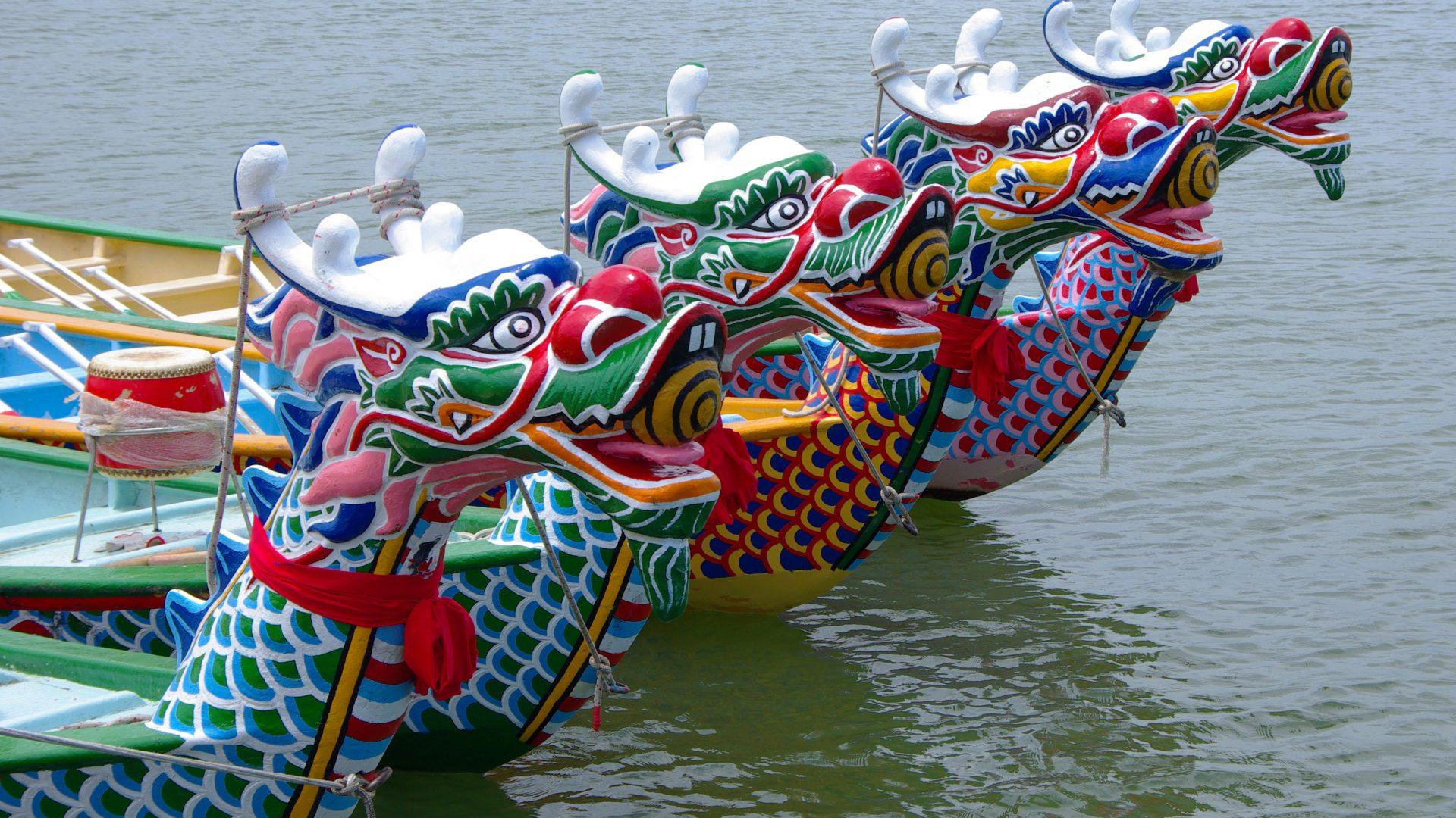 Dragon Boat Festival: la regata a suon di tamburi e colori che invade Hong Kong