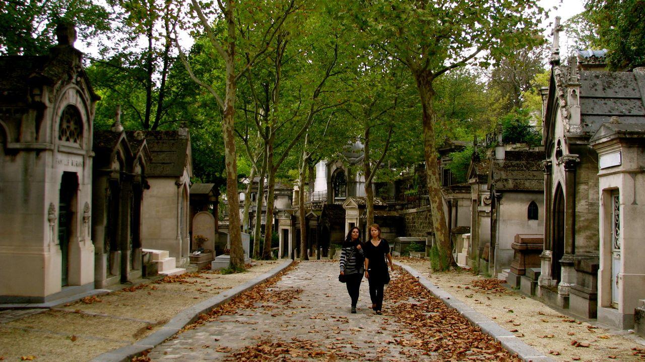 Necroturismo: visitare le tombe dei personaggi famosi