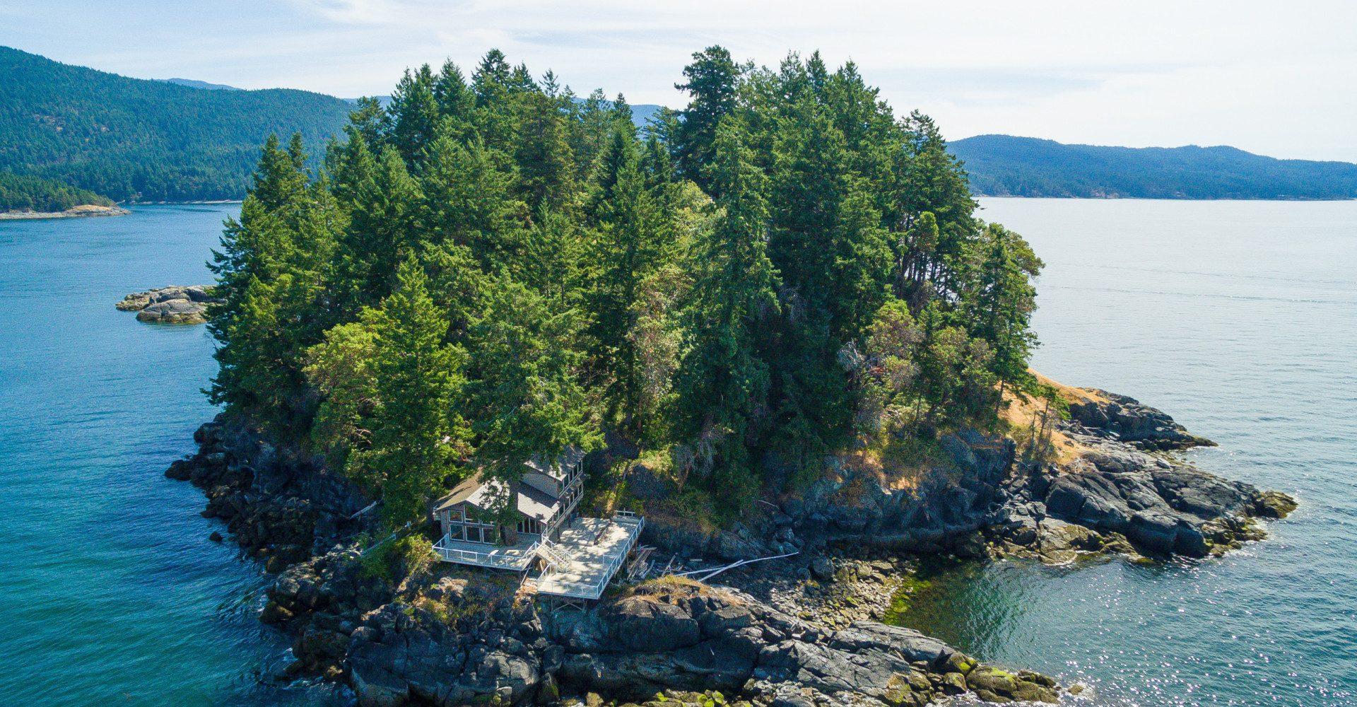 Whitestone Island in British Columbia: l'ultimo paradiso in pieno Oceano (in vendita)