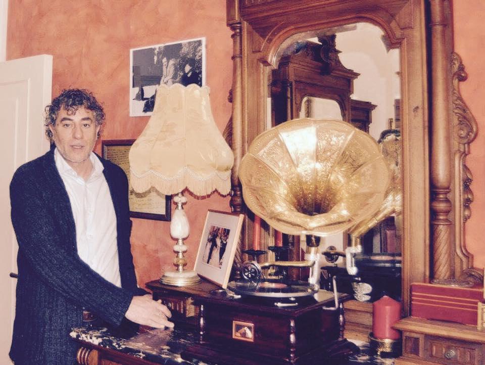 """primo Bed and Breakfast letterario d'Italia, """"Al Sognalibro"""