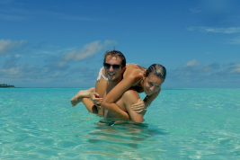Vivere, lavorare e innamorarsi alle (e delle) Maldive