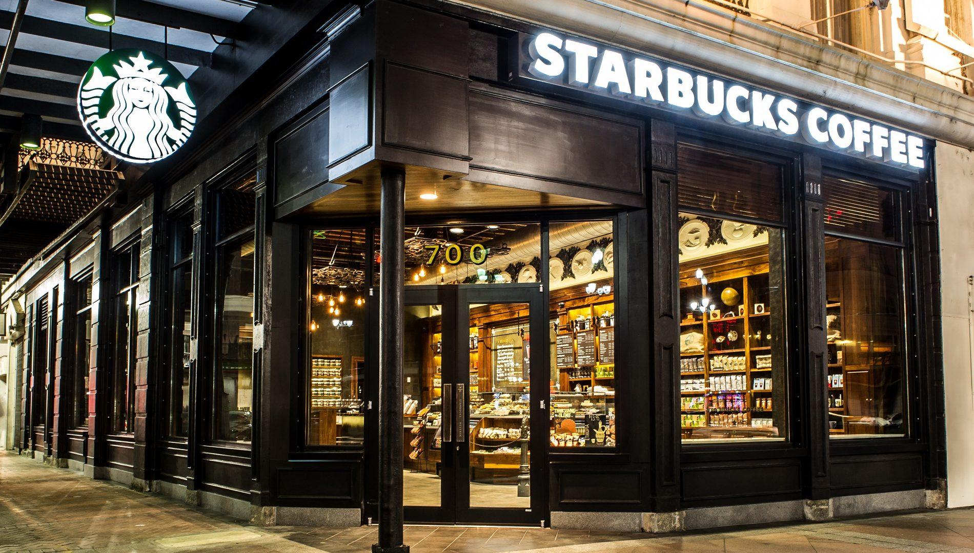 Exhibition Stand Builders New York : Starbucks assume persone per prossima apertura a