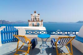 Vivere e lavorare a Santorini
