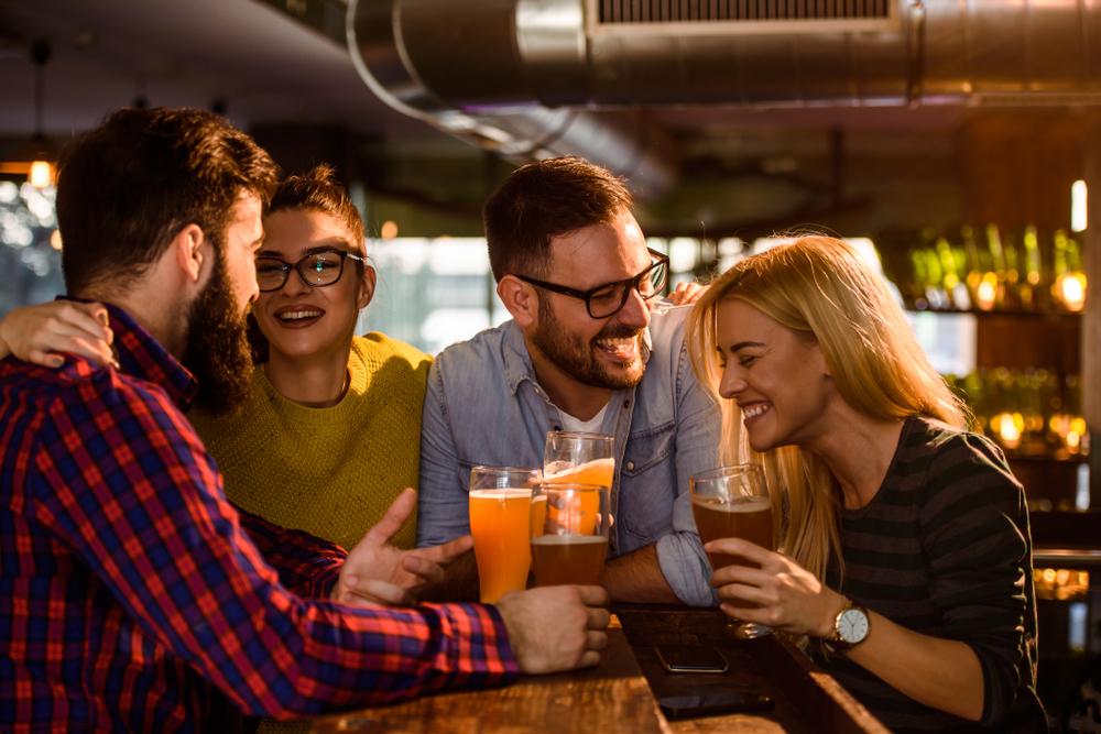 Per parlare meglio le lingue bevi alcol: una ricerca lo dimostra