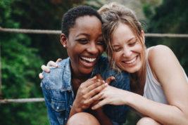 fare amicizia estero