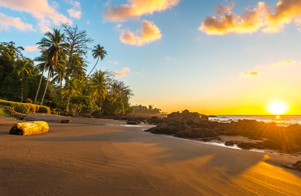 costa pacifica, costa rica - vivere ai caraibi