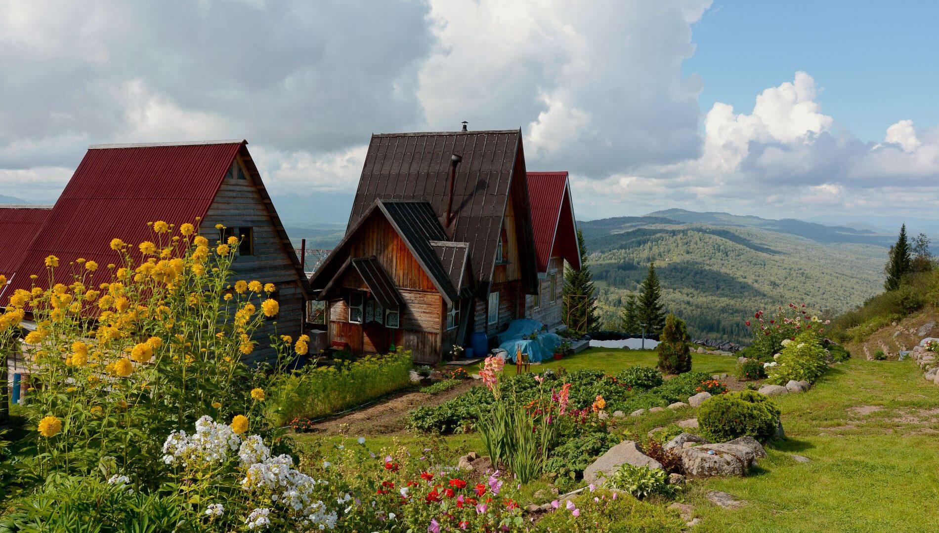 Andare a Vivere in un Ecovillaggio (in Italia o all'Estero)