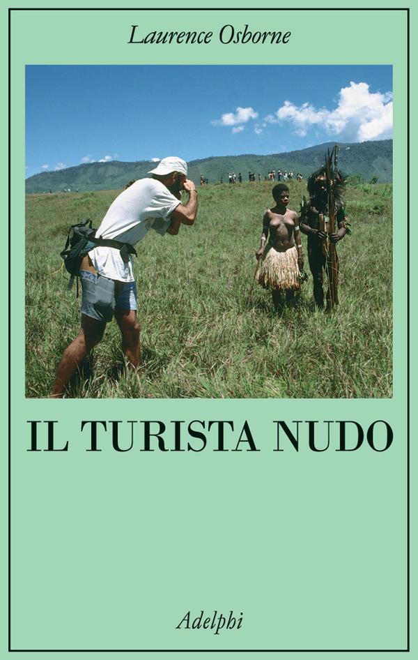 turista nudo