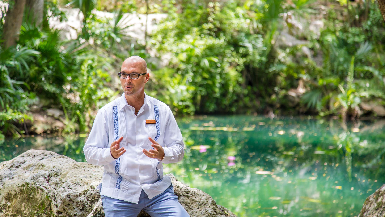 La storia di Rocco Bova: hotelier di successo all'estero