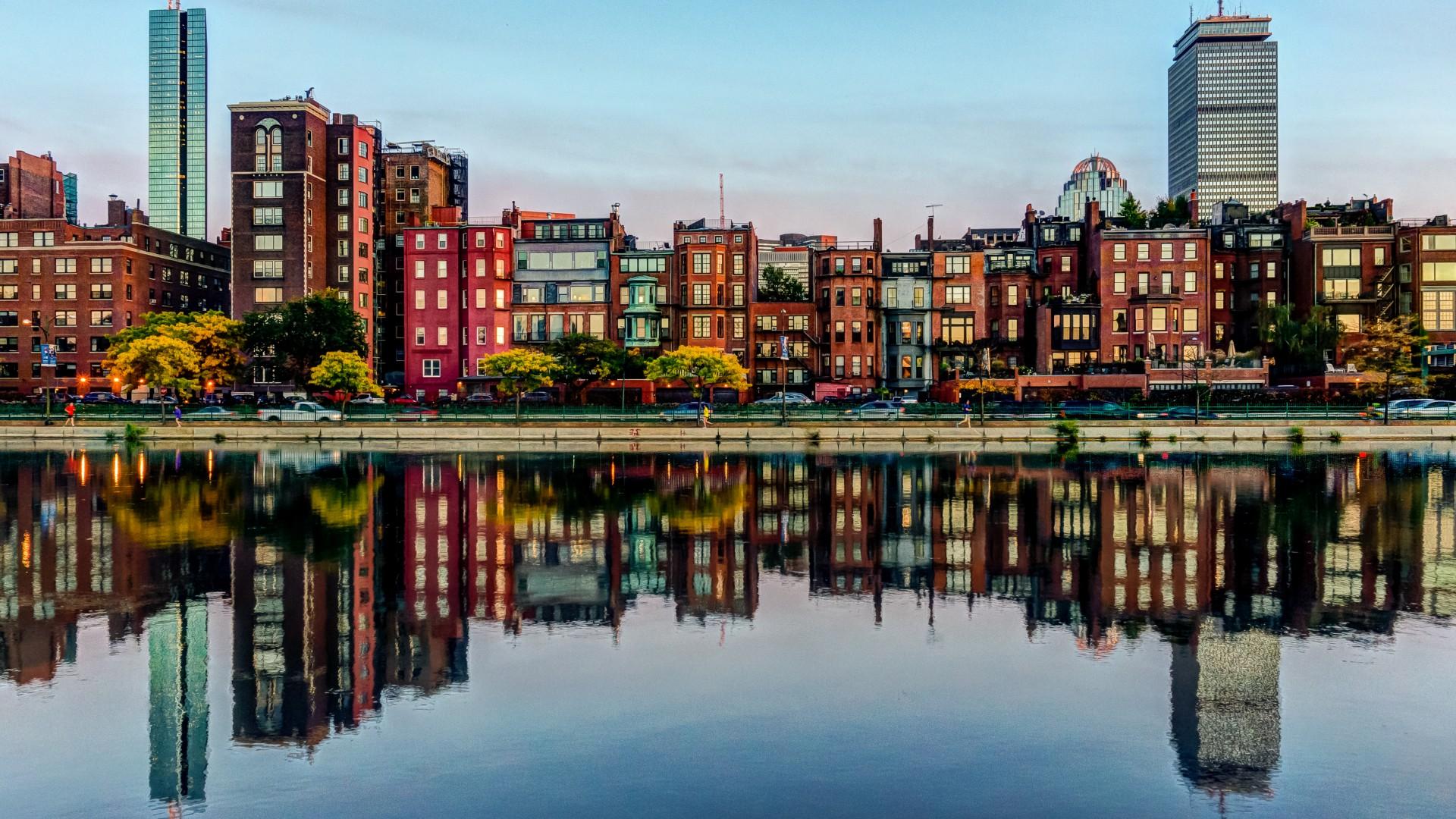 trasferirsi a vivere e lavorare a Boston