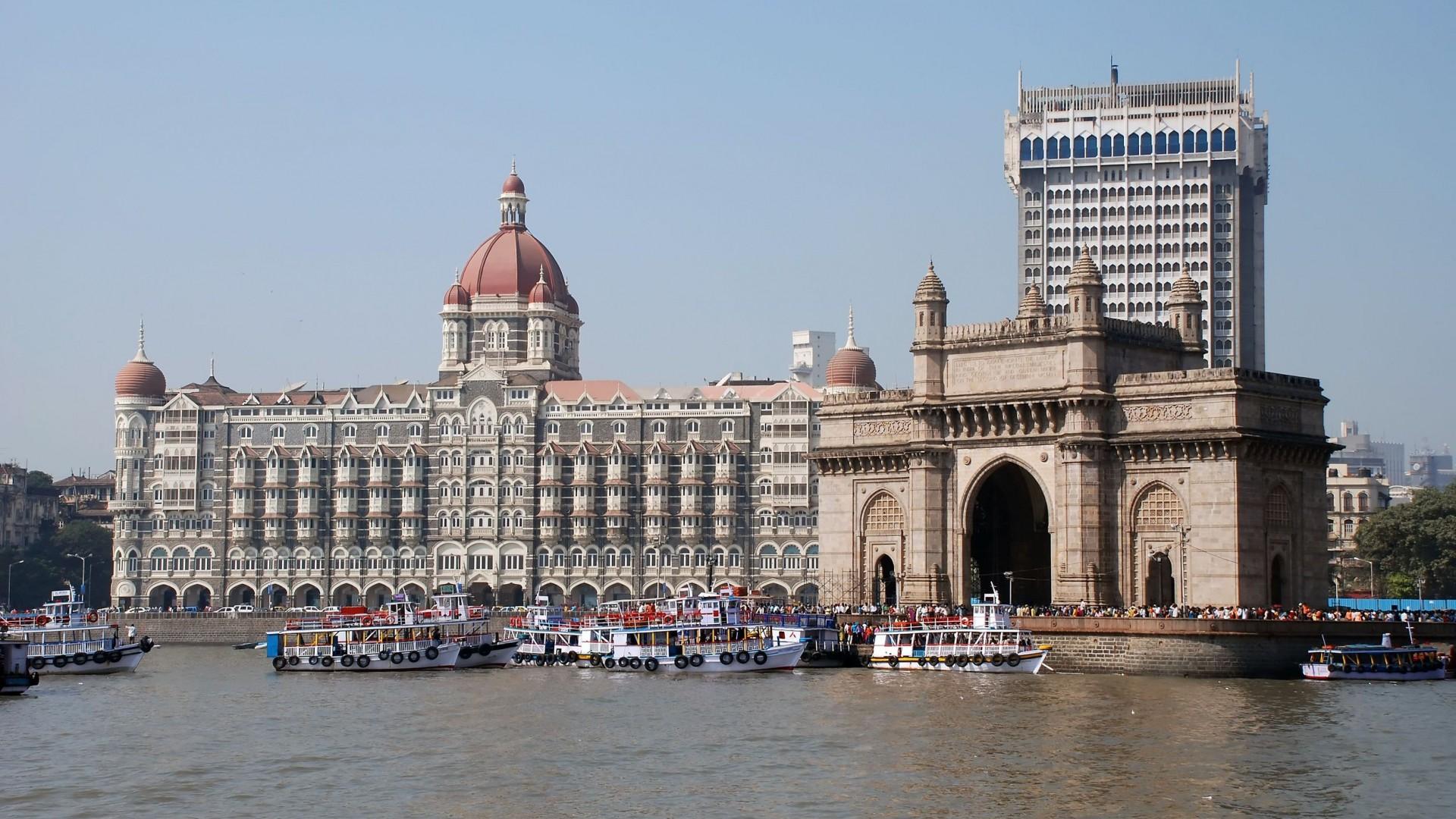 italiani a mumbai