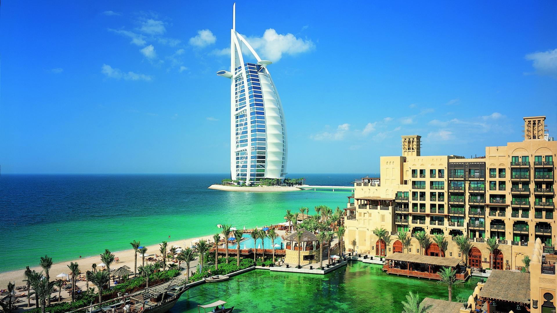 trasferirsi a Dubai